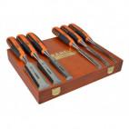 et de 6 ciseaux à bois 6 - 10 - 12 - 18 - 25 - 32 mm en coffret bois - BAHCO 424P-S6